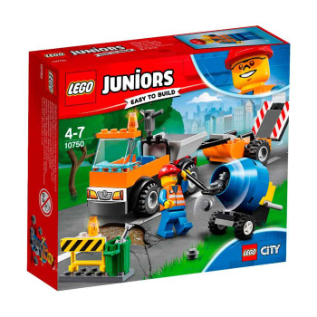LEGO JUNIORS ROAD REPAIR TRUCK