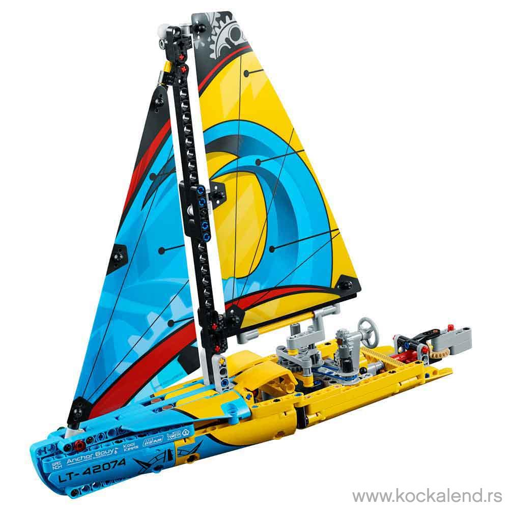 LEGO TECHNIC RACKING YACHT
